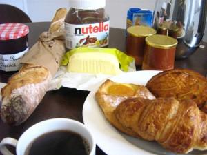 Exemple de petit-déjeuner à la française