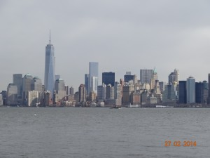 La 1ère tour du World Trade Center (sur la gauche)